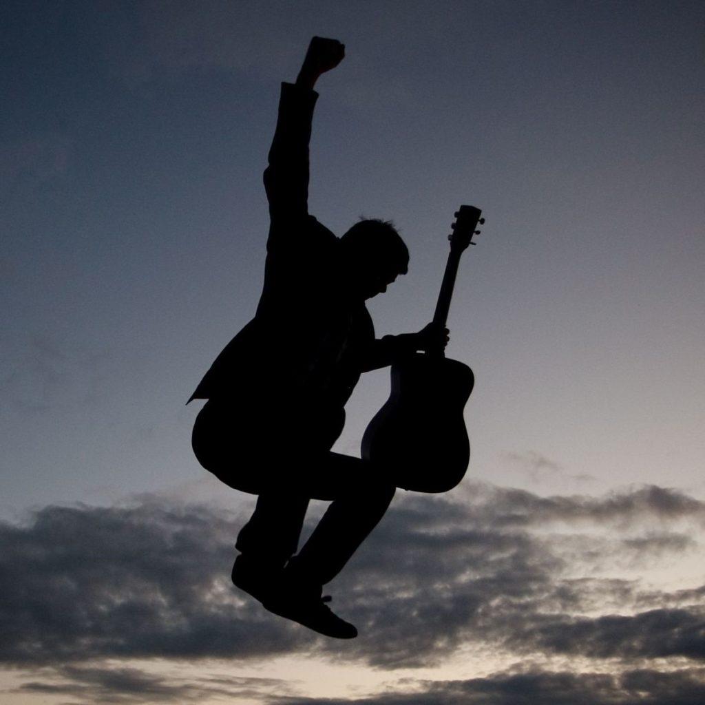 Paul-Thompson-Singer-Songwriter.jpg